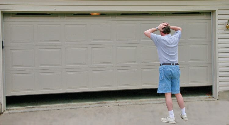 Tips for Staying Safe Around Your Garage Door